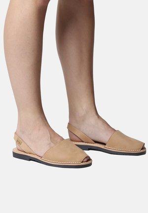 Sandali - tan