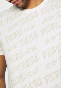Pepe Jeans - MARIO UNISEX - T-shirt imprimé - oyster - 5