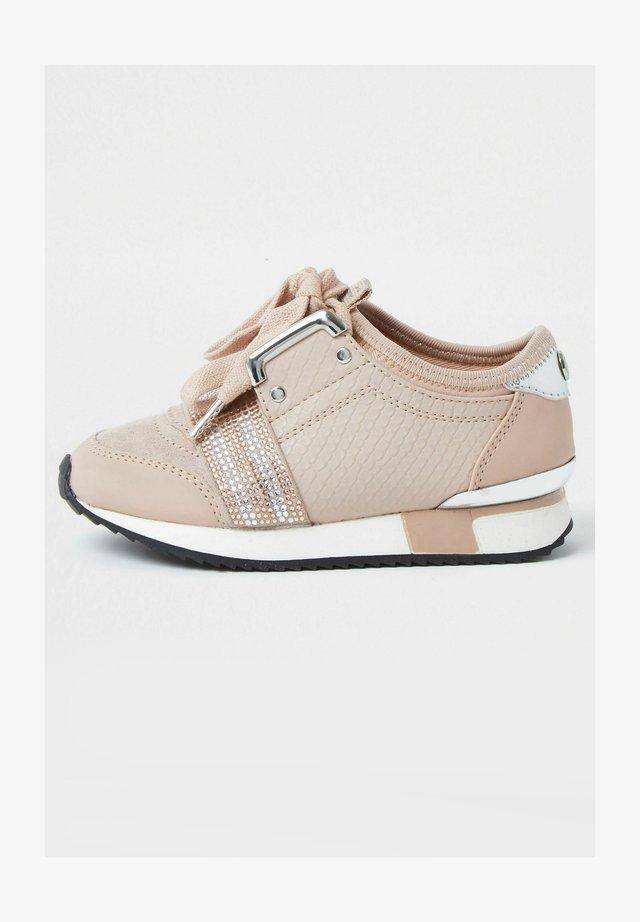 Baskets basses - pink