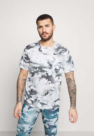 DRY TEE - T-shirt med print - photon dust/dark smoke grey