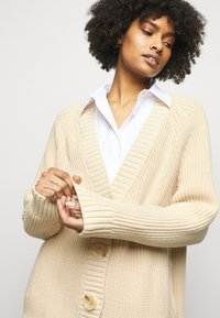 House of Dagmar - BEATA  - Cardigan - sand - 3