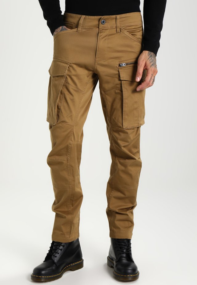ROVIC ZIP 3D TAPERED - Cargo trousers - beige
