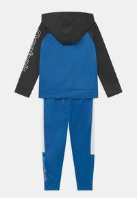 Reebok - CLASSIC HOODIE SET - Training jacket - royal blue - 1