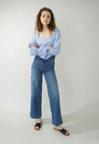Pimkie - Flared Jeans - denimblau - 1
