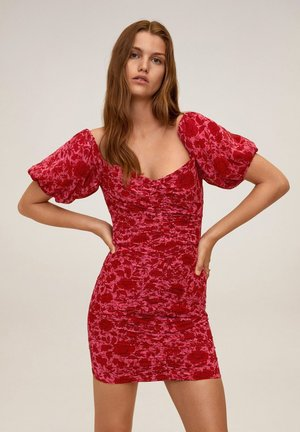 MIT RAFFDETAILS - Sukienka etui - fuchsia