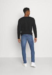 Levi's® - 510™ SKINNY - Slim fit jeans - med indigo - 2