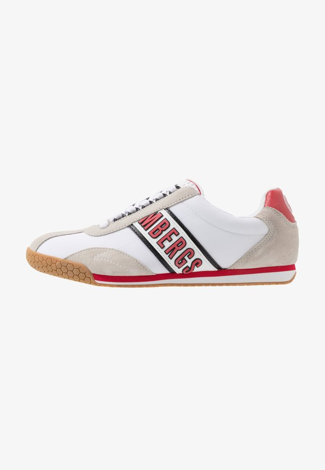 ENEA - Matalavartiset tennarit - white/red/black