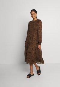 Vero Moda - VMSIFFY O NECK SMOCK CALF DRESS - Day dress - coffee liqueúr - 0