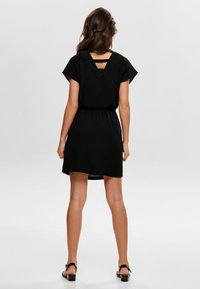 ONLY - ONLMARIANA MYRINA DRESS - Freizeitkleid - black - 2