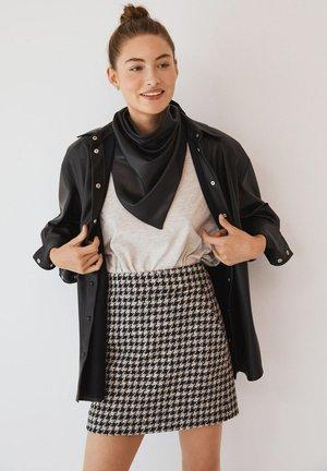 JAYSI - Button-down blouse - černá