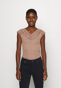 Rosemunde - REGULAR WIDE - Print T-shirt - nougat brown - 0