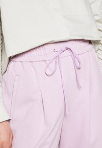 3.1 Phillip Lim - DRAWSTRING WITH FRONT PLEAT - Tracksuit bottoms - lavender - 4