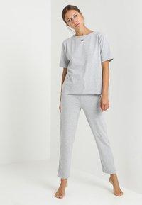 Tommy Hilfiger - PANT - Pyjama bottoms - grey - 1
