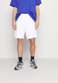 The North Face - STEEP TECH LIGHT - Shorts - white - 0