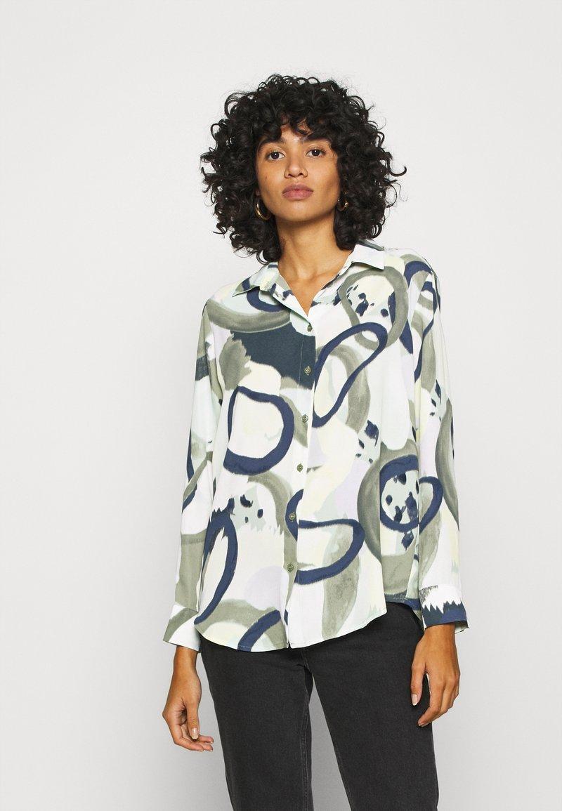 Monki - ASSA BLOUSE - Button-down blouse - khaki green/dusty light khakiart