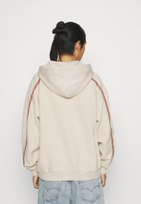 Levi's® - FASHION HOODIE UNISEX - Sweater - sahara khaki - 2