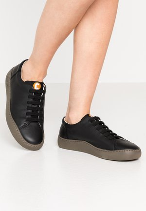 PEU TOURING - Sneaker low - black