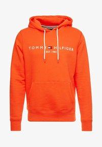 Tommy Hilfiger - LOGO HOODY - Sweat à capuche - orange - 3
