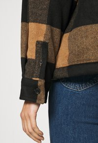 AllSaints - LUELLA CHECK JACKET - Light jacket - brown/black - 6
