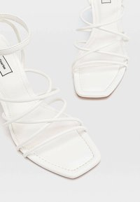 Stradivarius - Sandals - white - 4