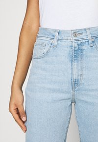 Levi's® - HIGH WAISTED TAPER - Jeans Tapered Fit - light-blue denim - 3