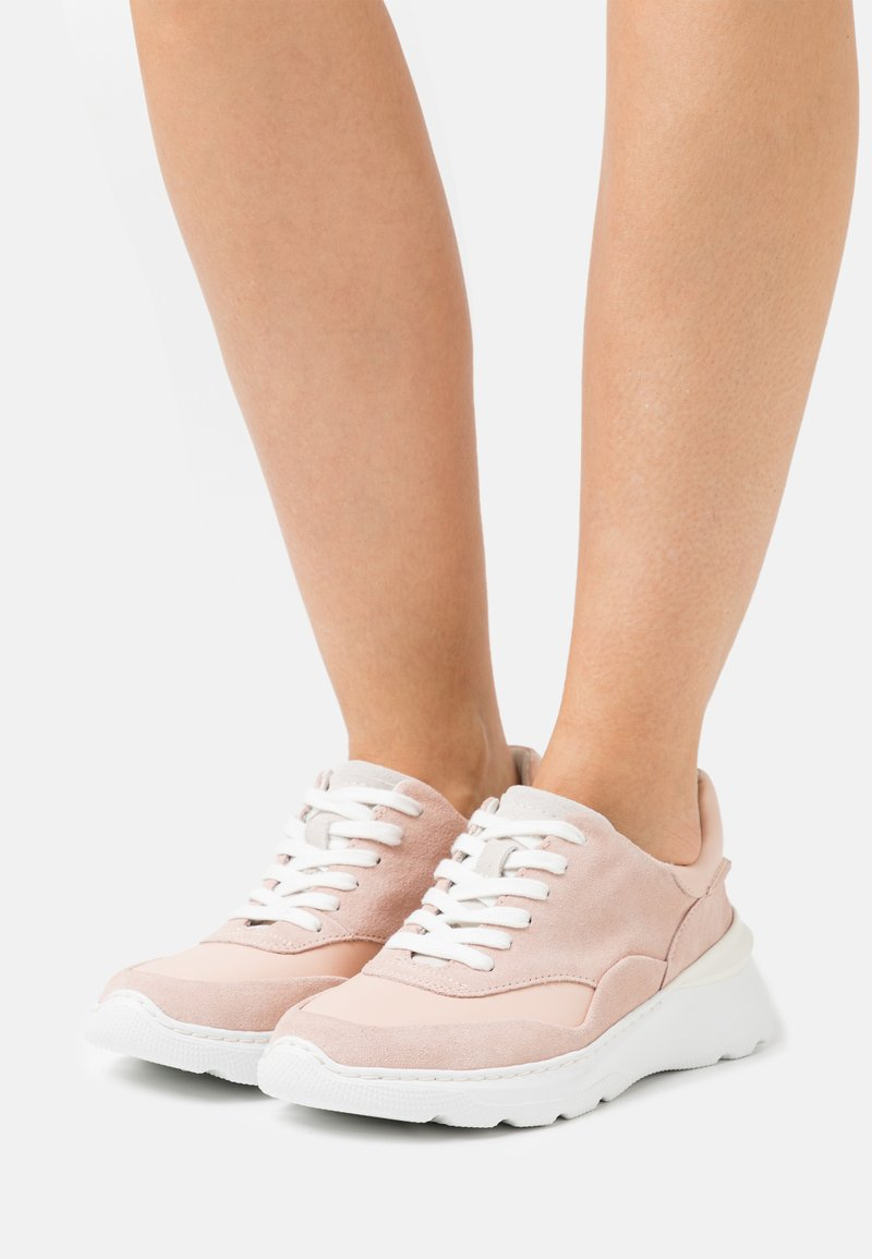Clarks - SPRINTLITELACE - Trainers - light pink