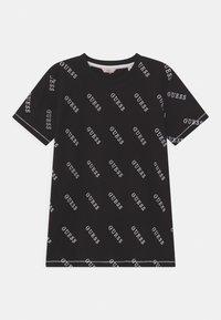 Guess - JUNIOR - Print T-shirt - jet black - 0