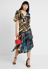 House of Holland - MIXED TIE DYE DRESS - Maxi dress - black and yellow multi - 1