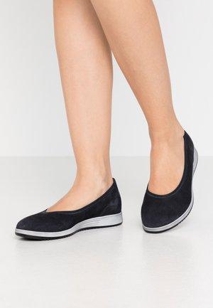 Ballet pumps - pazifik