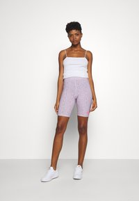 Nike Sportswear - FESTIVAL BIKE  - Kraťasy - iced lilac/digital pink - 1