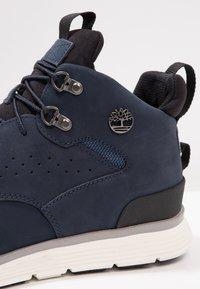 Timberland - KILLINGTON HIKER CHUKKA - Sneakersy wysokie - black iris - 5