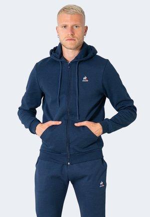 ESSENTIELS - Sweater met rits - blue