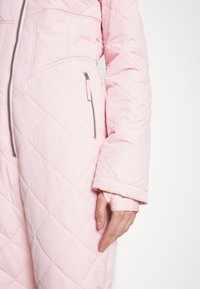 Missguided - SKI QUILTED CORSET SNOW - Jumpsuit - pink - 5