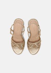Cosmoparis - RONDINITA - Platform sandals - platine - 4