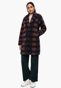 Q/S designed by - Short coat - dark ruby check - 1
