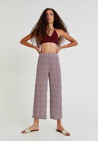 PULL&BEAR - Trousers - mottled purple - 1