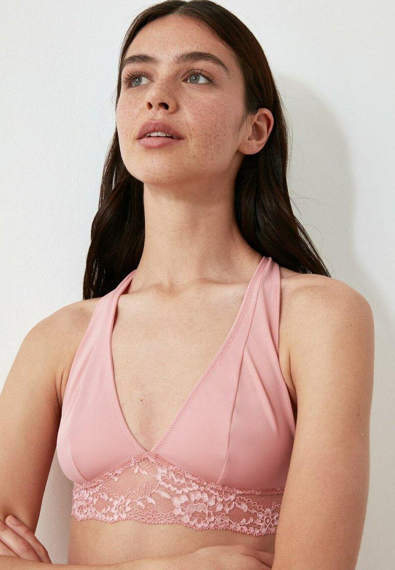 Trendyol - T-shirt bra - pink