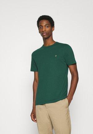 DANNY TEE - Basic T-shirt - emerald green
