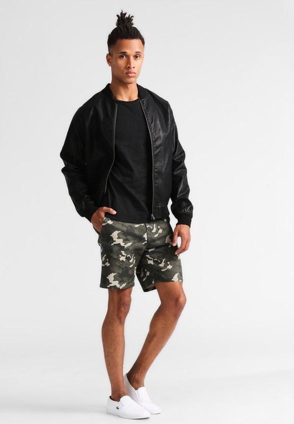 Pier One T-shirt basic - black/czarny Odzież Męska MPTH