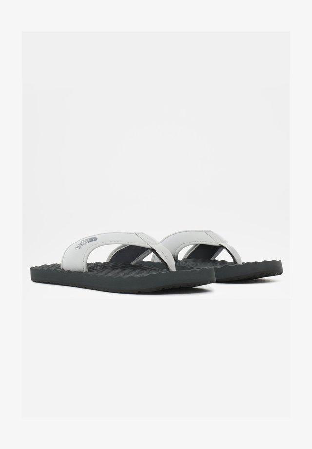 M BASE CAMP  II - Sandalias de dedo - mottled grey