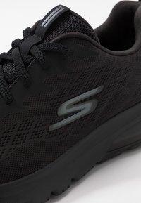 Skechers Performance - GO WALK AIR - Obuwie do biegania treningowe - triple black - 5