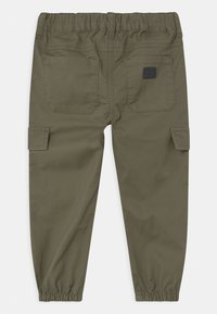 Name it - NMMBOB TWITUS  - Cargo trousers - ivy green - 1