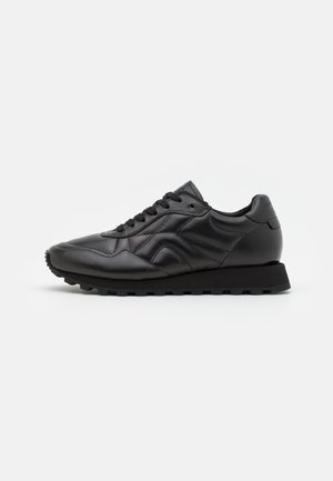 STEUER - Trainers - black