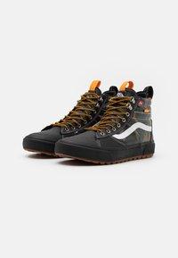 Vans - SK8 MTE 2.0 DX UNISEX - High-top trainers - black - 1