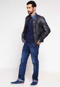 Tommy Hilfiger - MERCER - Straight leg jeans - midle blue - 1