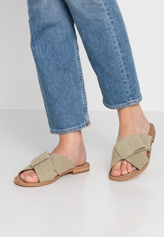 Mules - kaki