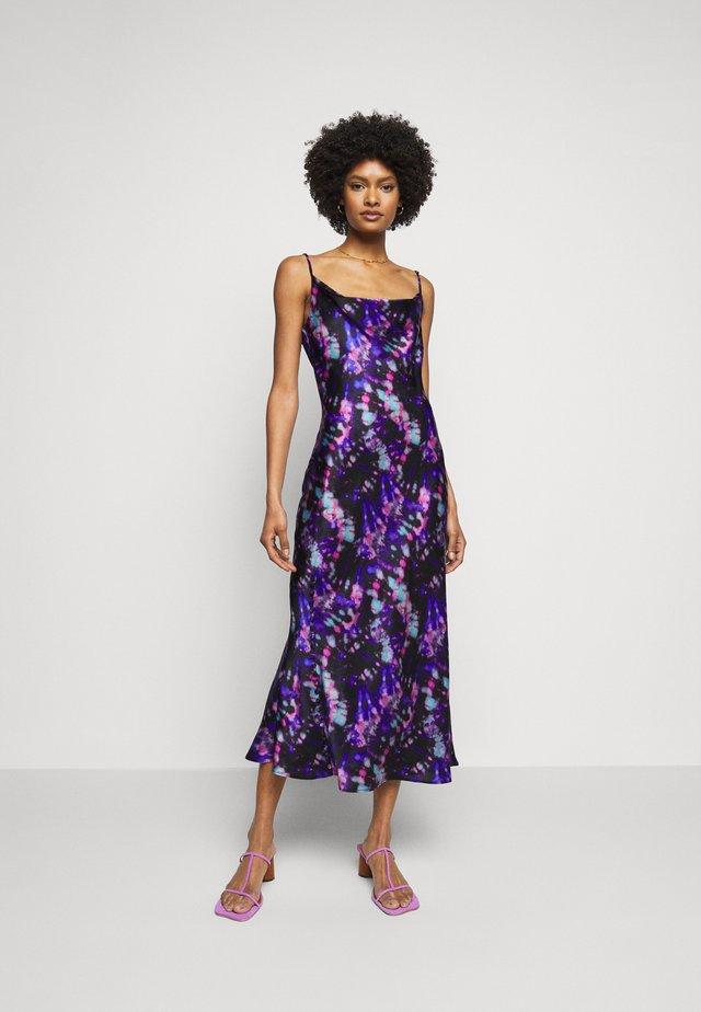 LIA DRESS - Cocktailkjoler / festkjoler - multicoloured