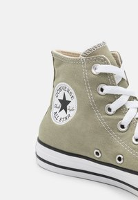 Converse - CHUCK TAYLOR ALL STAR COLOR UNISEX - High-top trainers - light field surplus - 5