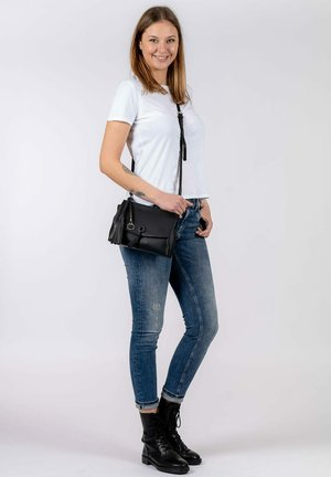 CAROLINA - Across body bag - black