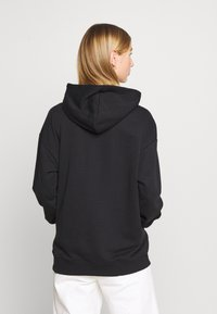 adidas Originals - TREFOIL ESSENTIALS HOODED - Kapuzenpullover - black - 2